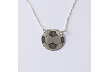 Strieborný náhrdelník Lopta