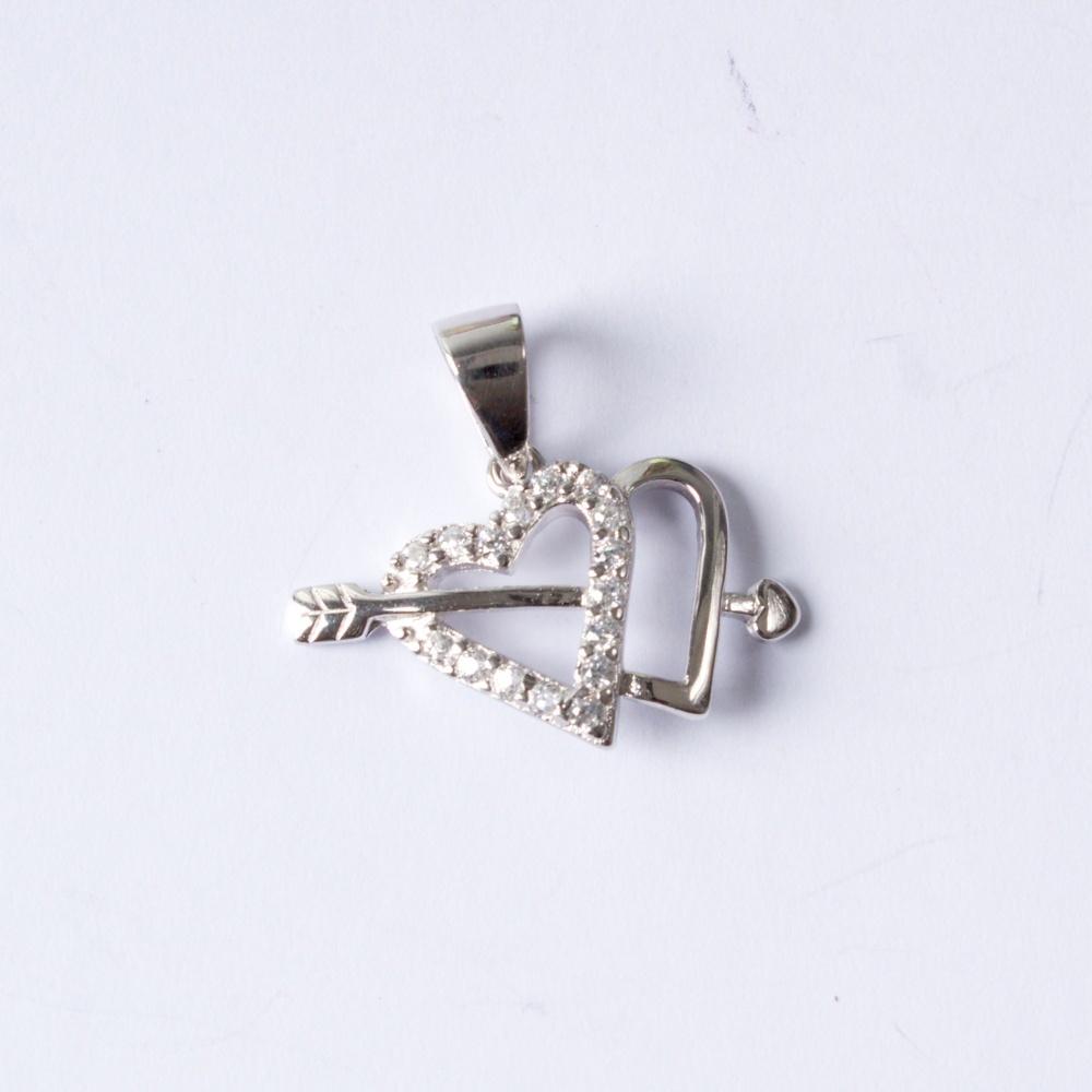 Stříbrný přívěšek Amorův šíp