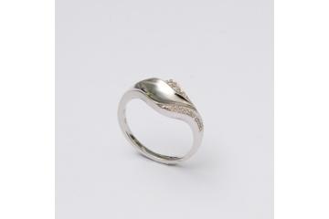 Stříbrný prsten Mirek